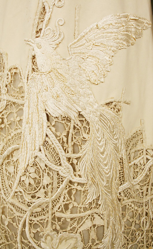 1904 silk bird detail