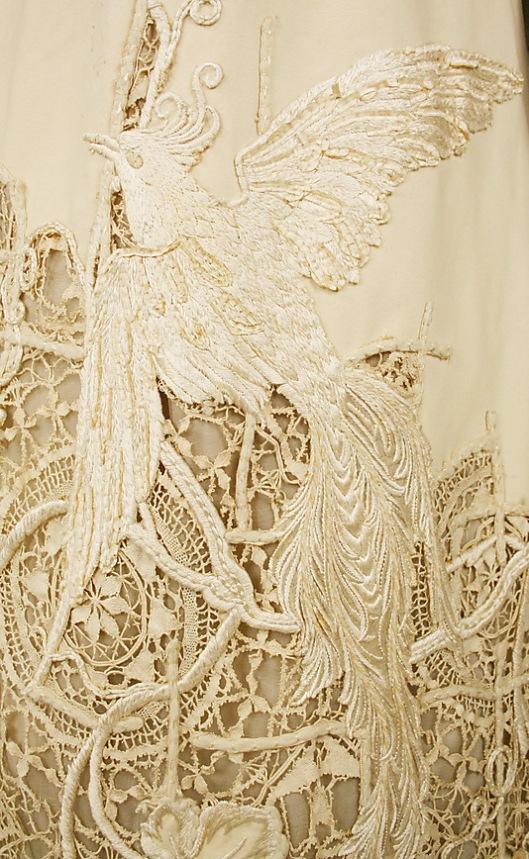 1904 silk bird detail